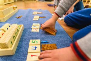 centrum-edukacji-domowej-montessori-uczenie-sie